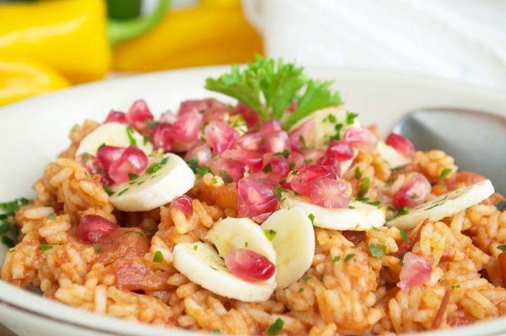 Mit diesem Rezept für die Mexikanische #Reispfanne mit Granatapfel gelingt der Einstieg in die Vielfältigkeit der Mexikanischen Küche bestimmt.
