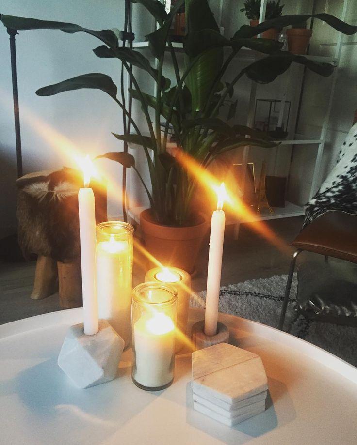 Kaars aan #candlelight #geenSkyradio #huis #thuus #kwenne #home #Xenos #Ikea #geit #goat #Action #Woood #Karwei #interior #interiør #Strelitzianicolai #nee #eerstmajenes