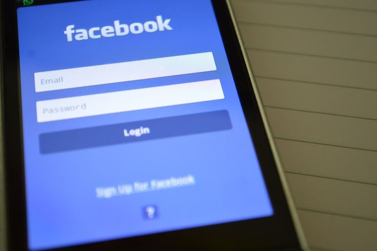Facebook's latest news feed changes - how will it impact your social media marketing approach? http://qoo.ly/mixy7 #marketingstrategy