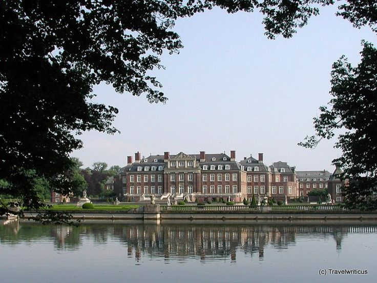 A palace, generally known as the 'Versailles of Westphalia': Schloss Nordkirchen in Germany