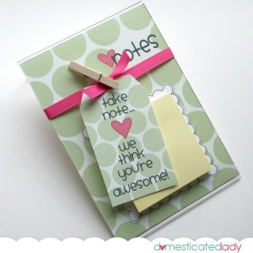 Post it note holder - free printables for tag and background paper to slip into an inexpensive acrylic picture frame.
