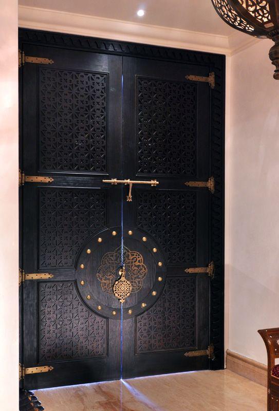 encien model de porte en bois