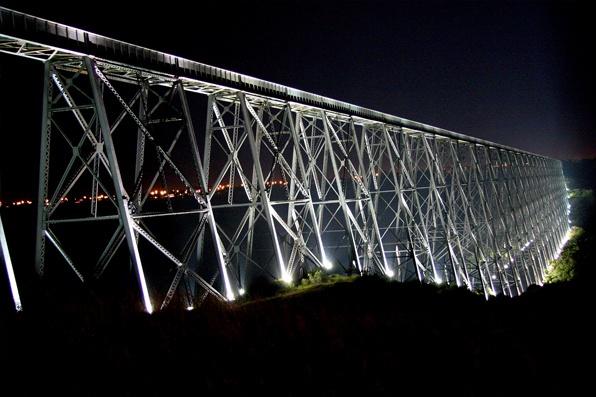 The longest and highest trestle bridge in North America. It spans the Oldman River at Lethbridge Alberta... Home
