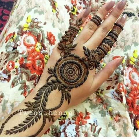 Henna design More