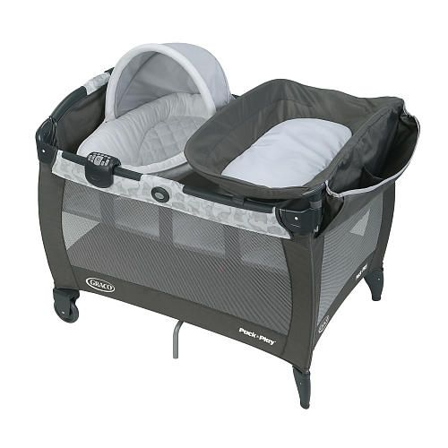 Nothing is better than Mom, but the new Graco Pack 'n Play Playard Newborn Napper with Soothe Surround technology, in Eli, comes close by simulating time-tested, proven methods that parents use to soothe their little ones. Soothe Surround is the only playard technology that pairs sound with vibration for an immersive soothing experience.