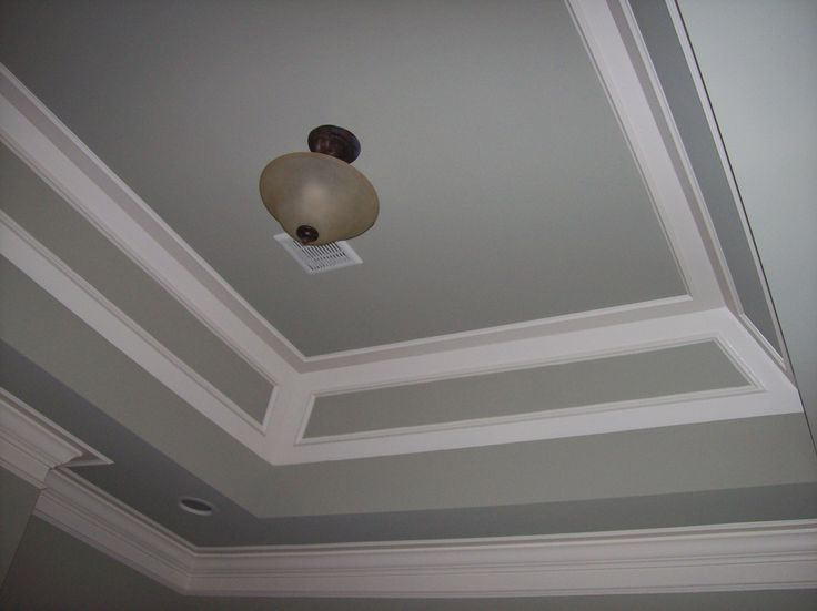 layered tray ceiling in 2 paint colors to match wall and