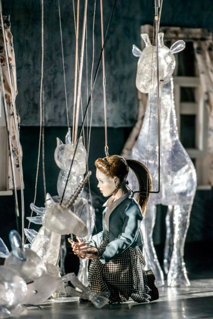 eric bass discusses the dramaturgy of puppetry in a