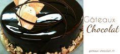 """Pour vos gâteaux, bûche ou cupcakes préparez un glaçage au chocolat brillant avec un effet miroir garanti. C'est une recette de """"Mounir"""" : le gagnant du Meilleur pâtissier."""
