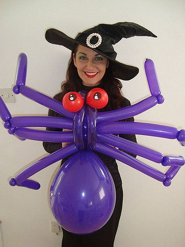 balloon modellers in witches costumes - Halloween Balloon Animals