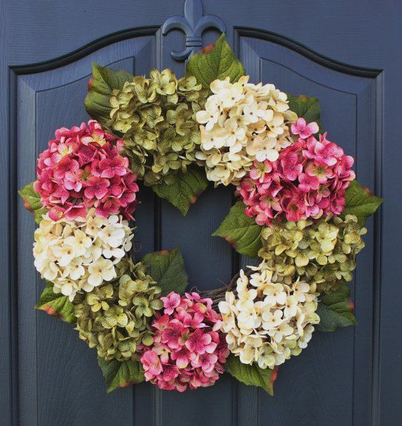 20 Refreshing Handmade Spring Wreaths I LOVE This Hydrangea wreath!  I am so going to make this!!!