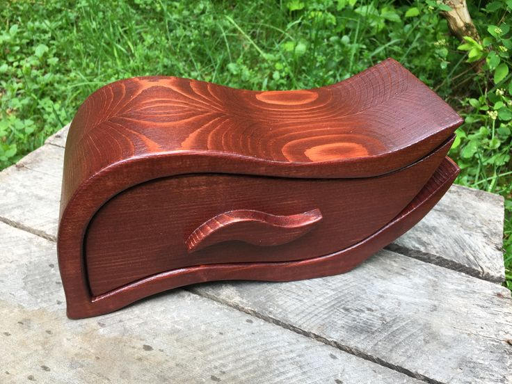 bandsaw box, wooden jewelry box, very unique design