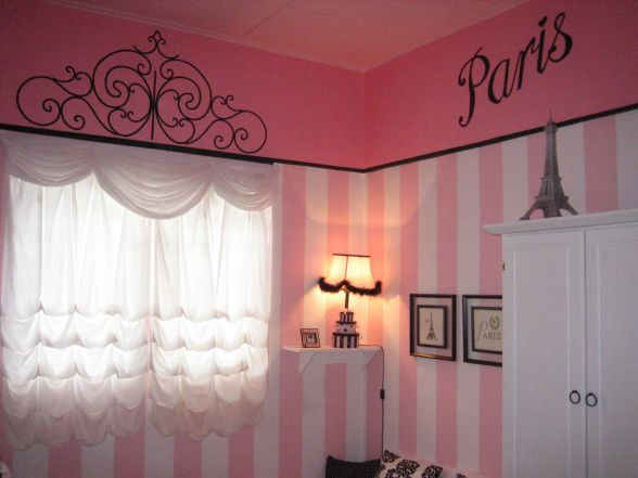 A 19 yr old girl did this room all on   Paris Themed. Best 25  Girls paris bedroom ideas on Pinterest   Paris bedroom