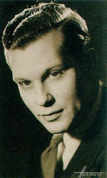 """Hugues Lambert, dit Robert-Hugues Lambert, est un acteur français, né le 1er avril 1908 à Paris et mort le 7 mars 1945 au camp de concentration de Flossenbürg. Arrêté sous l'occupation au bar du sans souci pour homosexualité, il tourna un seul film """" Mermoz"""" finit même les dialogues en prison ........ mort à 36 ans...."""