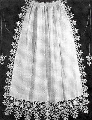 Italian Apron-white linen 16th-17th Century-pic only: 1575 1625 Italy, Linen 16Th 17Th, 17Th Century Fashion, White Linens, Extant Aprons, Early 17Th, Linens Lace