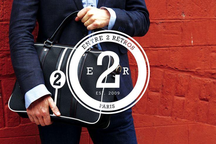 Sacoche #entre2retros actuellement sur ventescreaurs.com