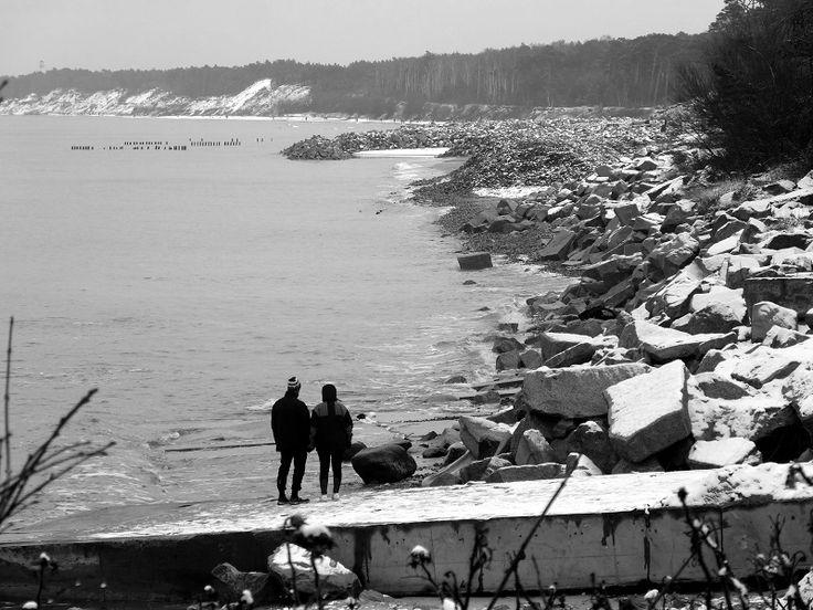 Czekając na lato. | Waiting for summer. #plaza #beach #remont #seaside #batlic #baltyk #morze #polska #poland #pologne #visitpoland #polandtravel #seeuinpoland