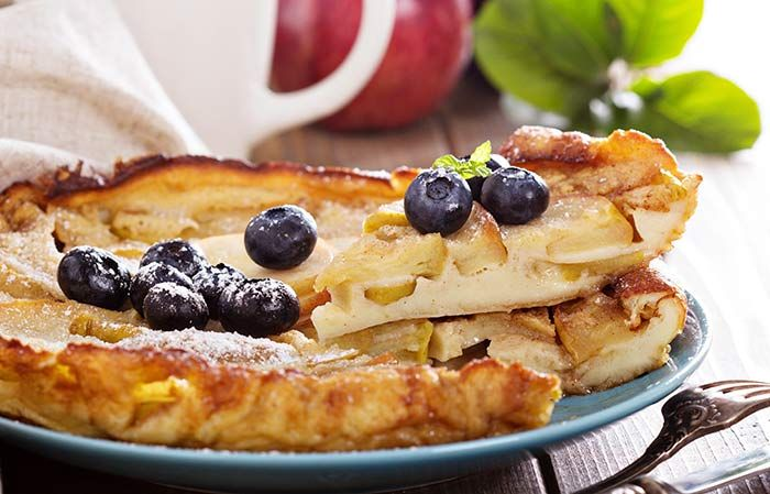 Love eating apples but tired of making salads? Try apple pancakes. These thin slices are full of flavour and taste   Alkaline Breakfast - Apalkaline Breakfast