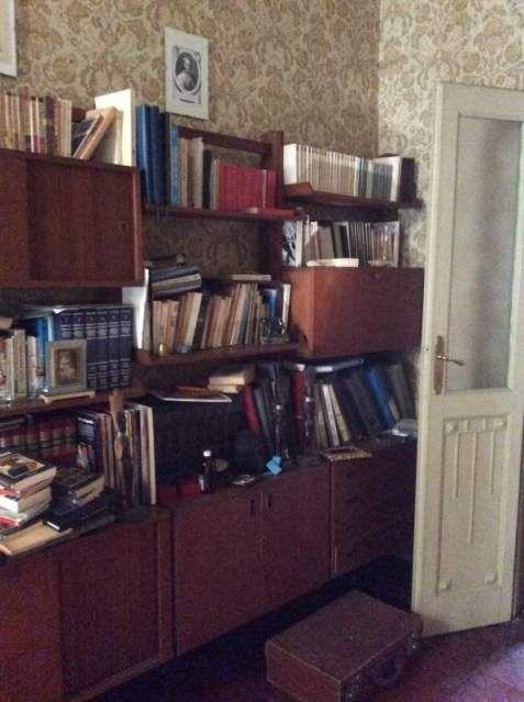 17 migliori idee su libreria cassettiera su pinterest - Vernice per mobili ikea ...