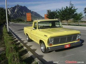 Ford F-100 CUSTOM CAJA CORTA Pickup 1967