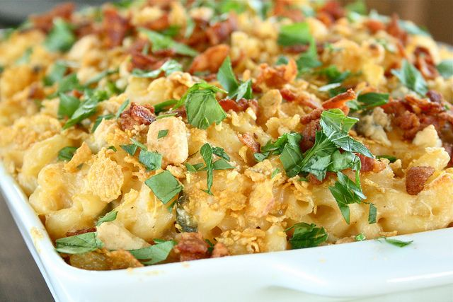 http://fashion9811.blogspot.com - Jalapeno Popper Buffalo Chicken Pasta