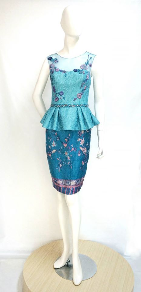 Exquisite Elsa Top and Skirt in Teal. For pricing, sizing, and ordering details please email us at nmayinda@gmail.com, Whatsapp us at 081299331039, or BB us at 2B07B968.