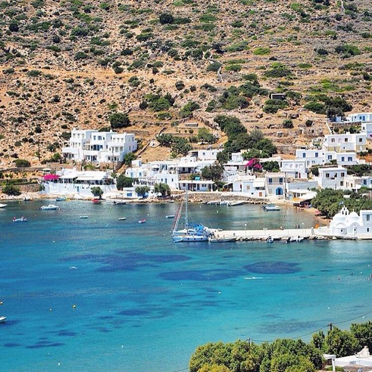 island of Sifnos (Σίφνος) The picturesque Vathy beach .