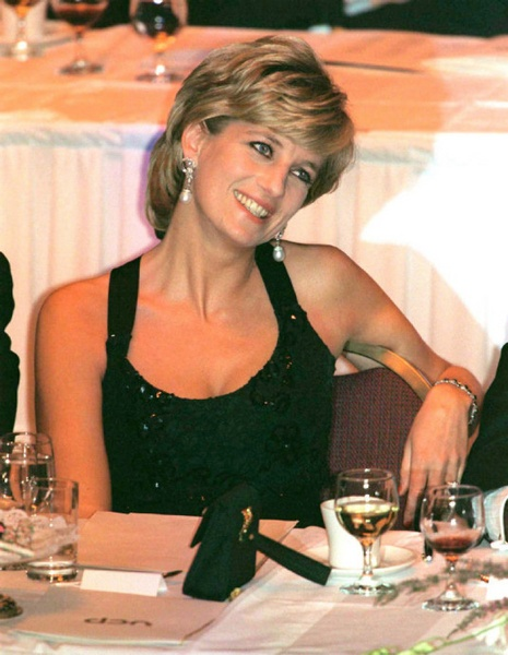 Princess Diana - a style icon in her own right and undeniable philanthropist. (Someone I greatly admire!)