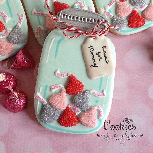 Who wouldn't love this jar of kisses!!! #cookiesbymissysue #decoratedcookies…