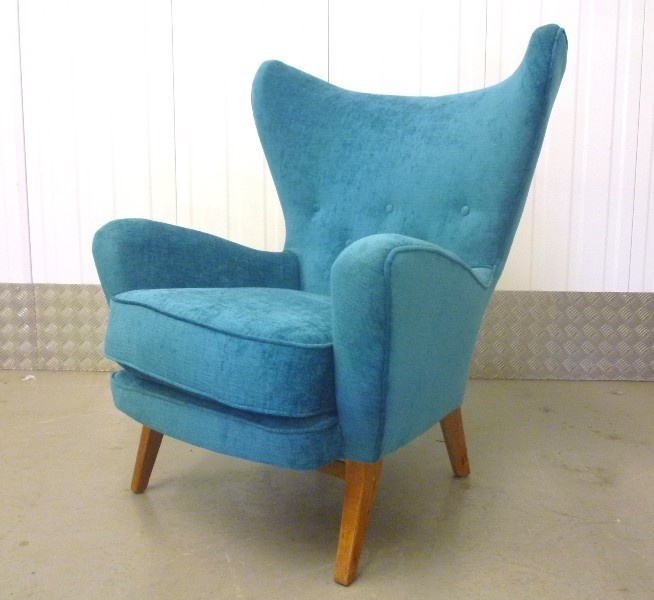 Inspiration for the lovely/ugly chair... | Home - Living room ...