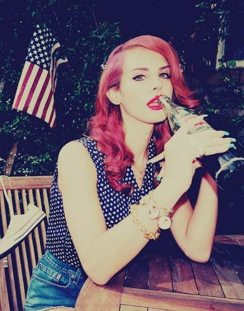 Style Evolution Of Lana Del Rey