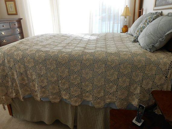 Hand Crocheted Bedspread 1890s Pinwheel Crocheted