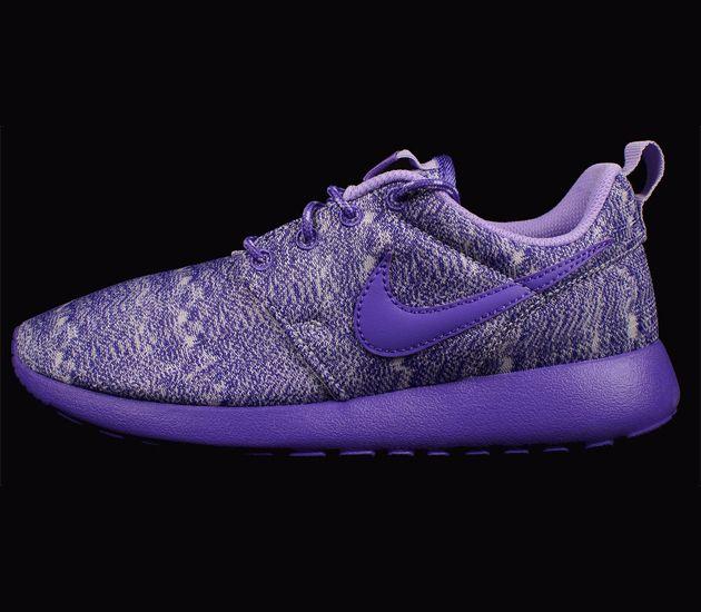 nike roshe run gs purple haze strain