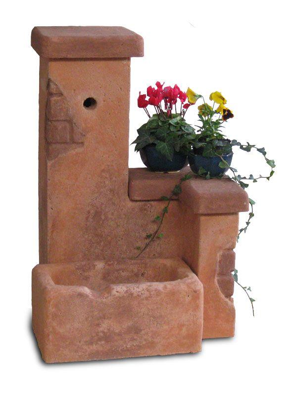 Fontana da giardino fonte del casale, mattone