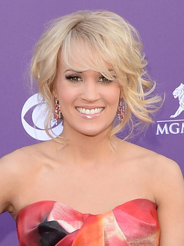 Carrie Underwood's country updo -- Are you blown away?