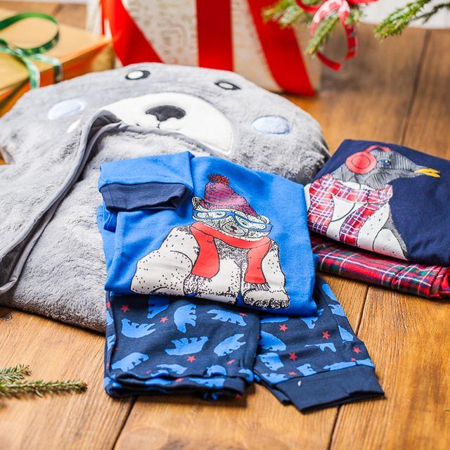 Prezent dla dziecka:  http://bit.ly/1or1ZN3 http://bit.ly/1or2kiS #tchibo #tchibopolska #xmas #gift #dziecko #prezent #santaclaus #blanket #funnyblanket #love #warm