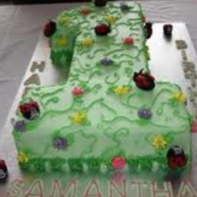 Smash cake shaped like #1
