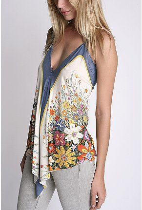 Spring/Summer Halter Top #blouse #fashion #style