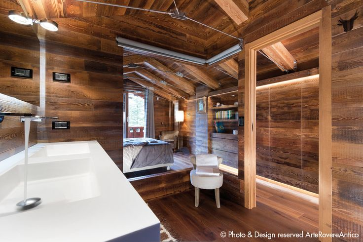 Wood Bathroom inspiration || Arte Rovere Antico || Photo by Duilio Beltramone for Sgsm.it ||