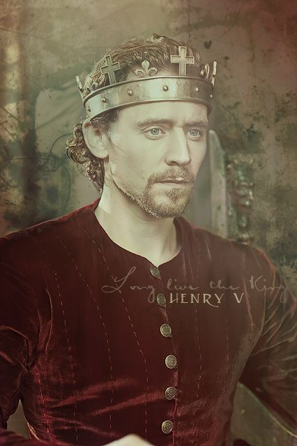 Cry God for Harry, England, and Saint George! Tom Hiddleston as Henry V.