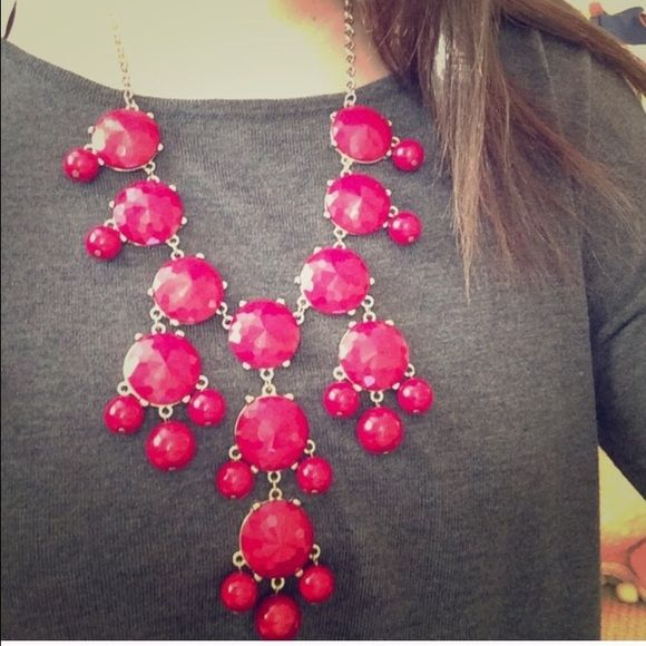 💄💃 Bubble necklace J Crew inspired cherry red bubble necklace with gold hardware. Adjustable chain length. Like new condition, worn once. Jewelry Necklaces