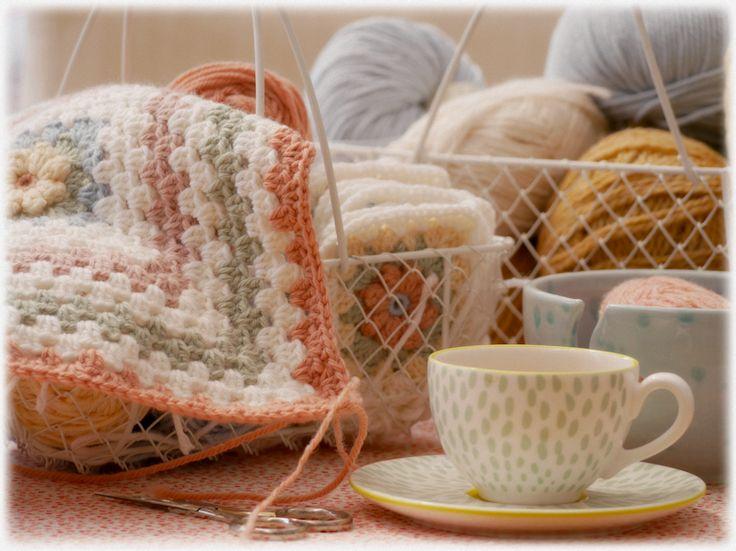 Mary Jane's TEAROOM: Yarn love....