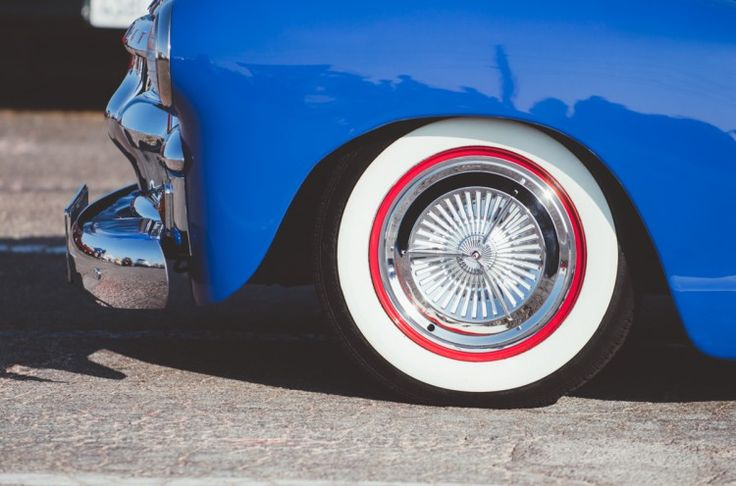 Nothing sets off a classic car like a set of clean and bright white wall tires. Step by step instructions for how to clean white wall tires.