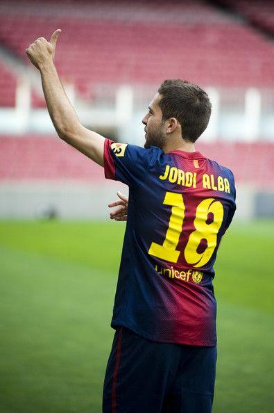im not a barca fan but i love Jordi Alba