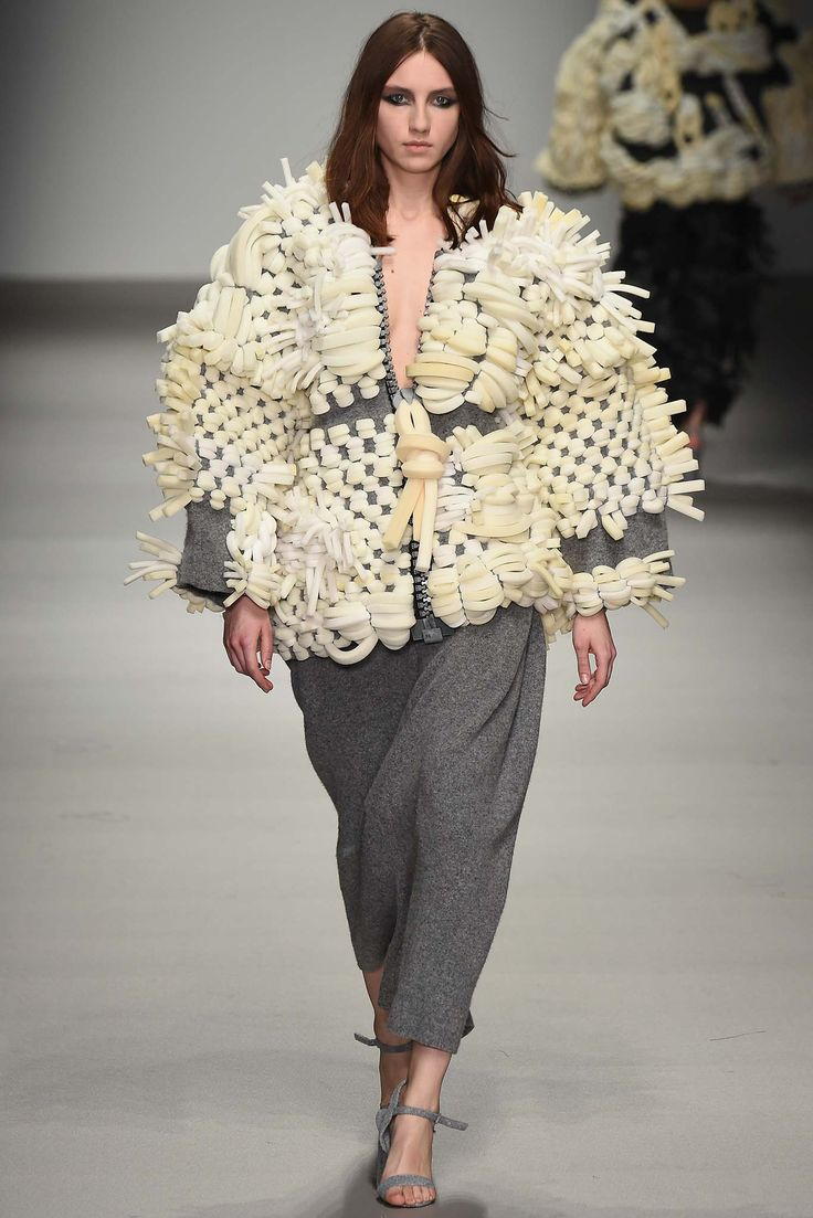 Fall 2015 Ready-to-Wear Central Saint Martins Designer: Hayley Grundmann #LFW