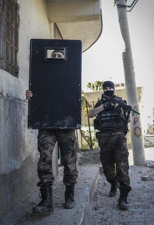 Turkish Armed Forces PÖH polis özel harekat