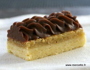 Friandise chocolatée : Ondulés noisettes, une recette de l'Encyclopédie du Chocolat