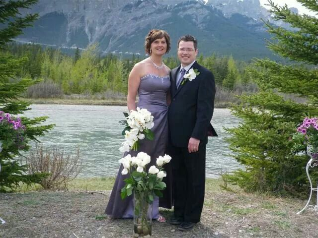Family Wedding At Canmore Floral Bridal Bouquet By Poppy SmartFlowers