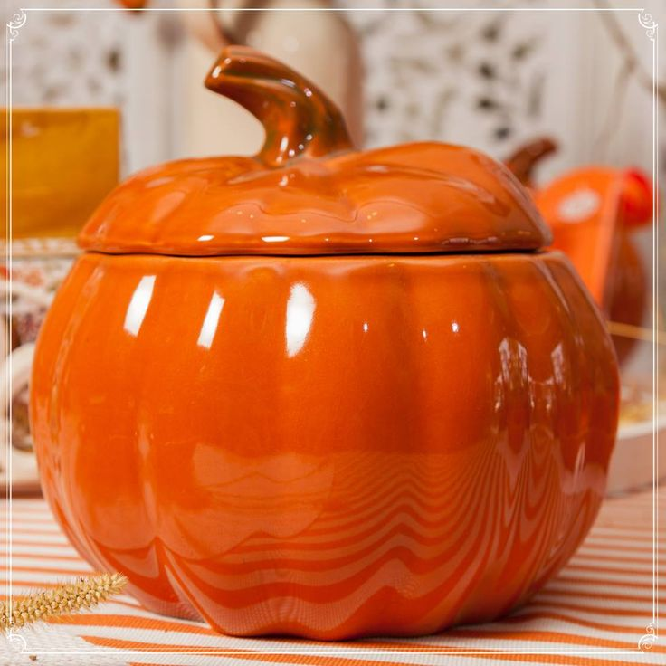 A Pumpkin Bowl for Pumpkin Soup and Autumn nights! Embrance your inner colours with powerful shades for  your Autumn party - Enjoy each moment