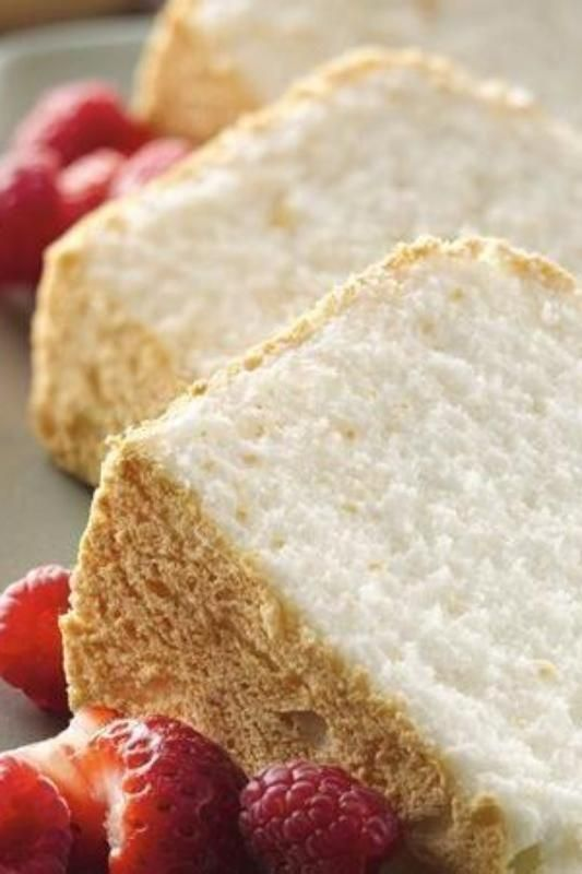 A super easy gluten-free angel food cake for your family and friends!