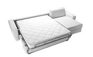 Recherche Comment dormir sur un canape. Vues 184123.